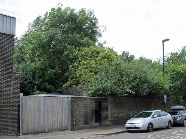 Victoria Line ventilation shaft, Drayton Park, N5