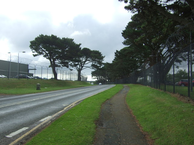 Path beside the A3083