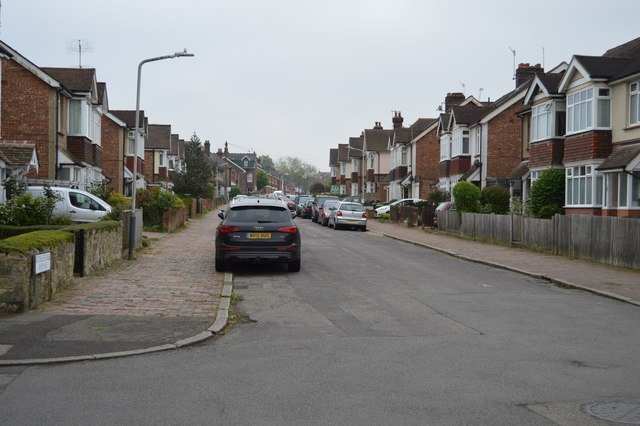 Riddlesdale Avenue