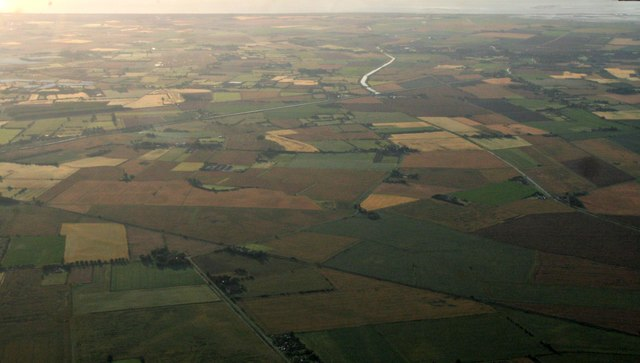 Across the railway to Thorpe Dales and Thorpe Culvert, Wainfleet and the sea: aerial 2017