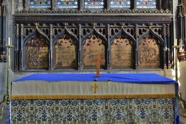 North Marston, St. Mary's Church: The altar 2