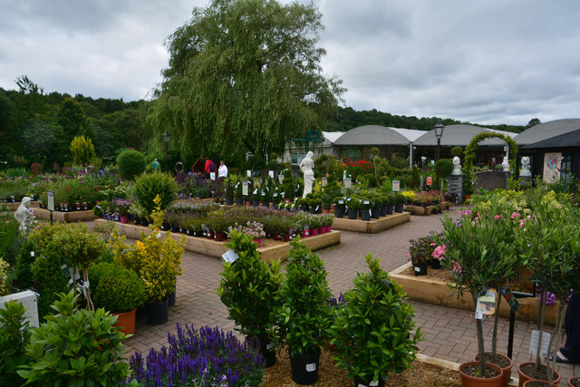 Sladesbridge : Trelawney Garden Centre