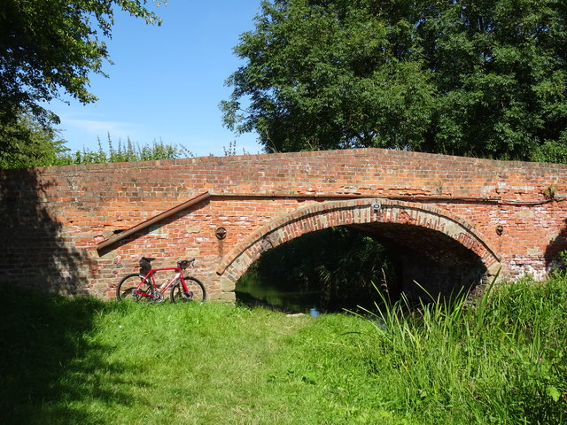 Bridge 79 Chesterfield Canal Misterton Nottinghamshire