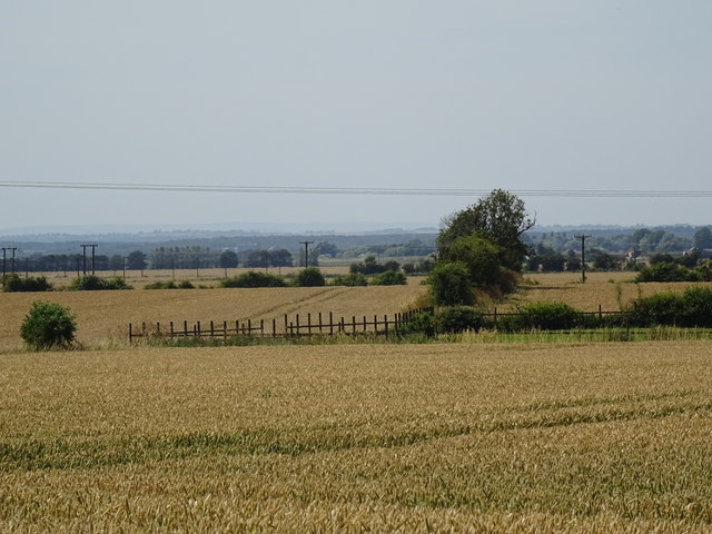 View of farmland from Chesterfield canal near Hodson's Bridge