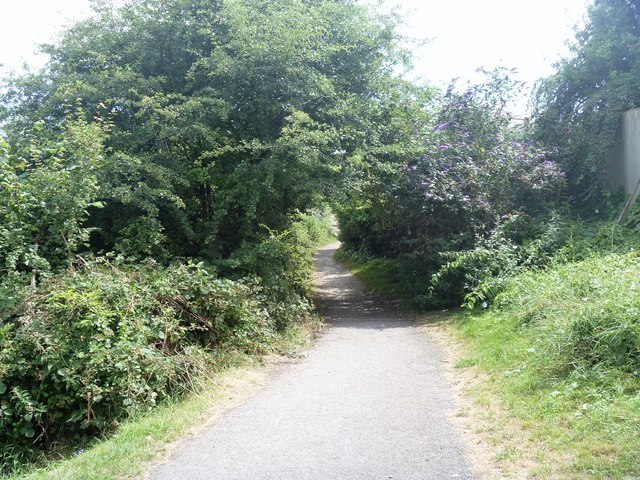 The way to Tin Pit