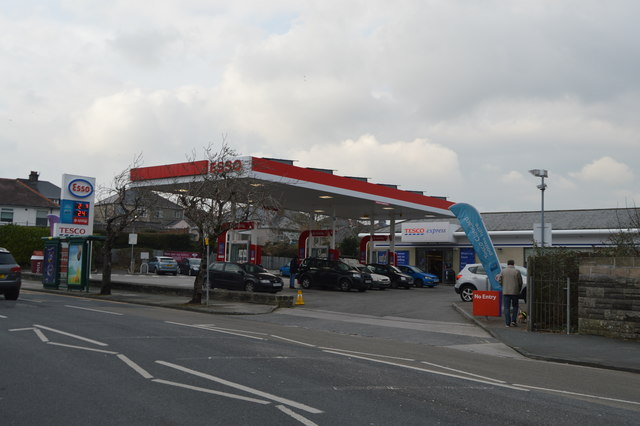 ESSO filling station, Higher Compton