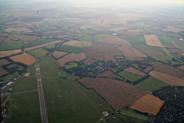 """Teversham and a """"woven"""" field next to Cambridge Airport: aerial 2017"""