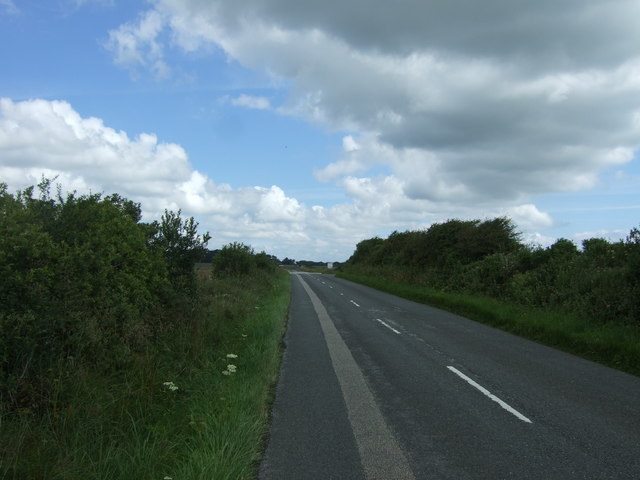 Minor road towards Goonhilly Downs