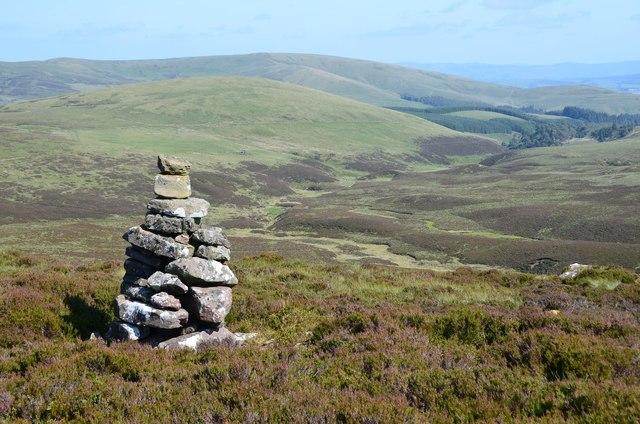 Cairn on White Craig Hill (2)