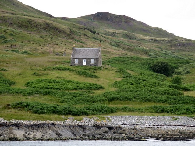 Remote bothy in Gleann a' Mhaoil, Scarba