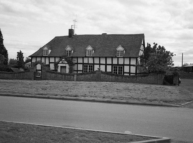 School Farmhouse, Twyning