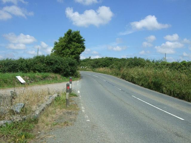 Bend in the B3293 near Chygarkye