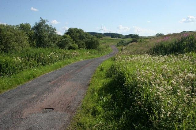 Road beside Walton Dam