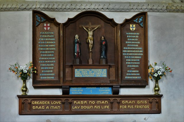 Stewkley, St. Michael's Church: Memorial to those who fell in the two World Wars