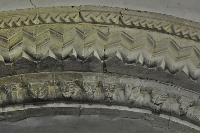 Stewkley, St. Michael's Church: West tower arch beakheads 2