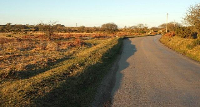 Road across Pendrift Downs