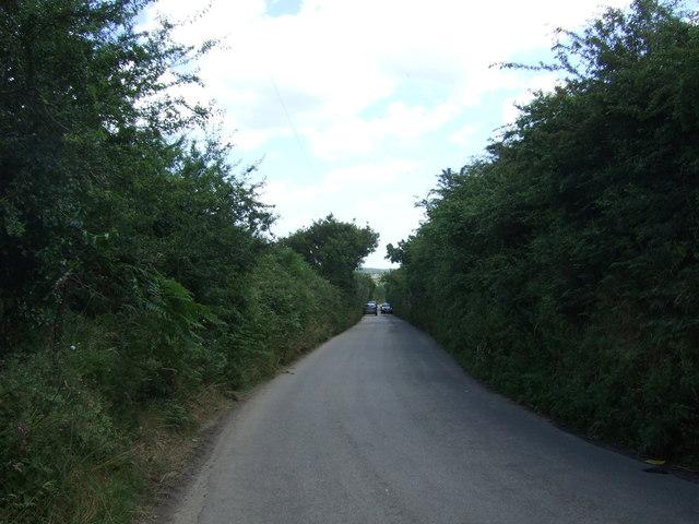 Narrow road towards Falmouth