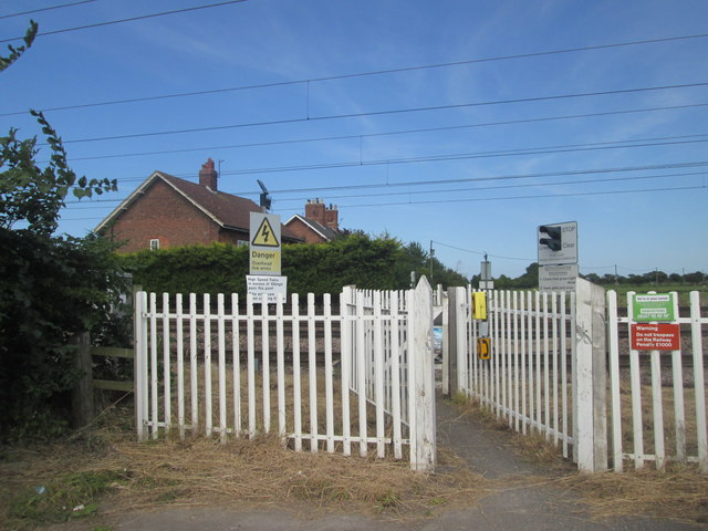 Level crossing at Newton Sidings