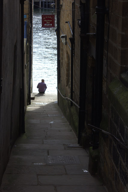 Whitby. Alley from Church St to the river.