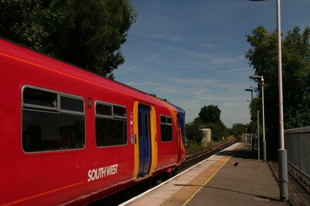 Shepperton railway station