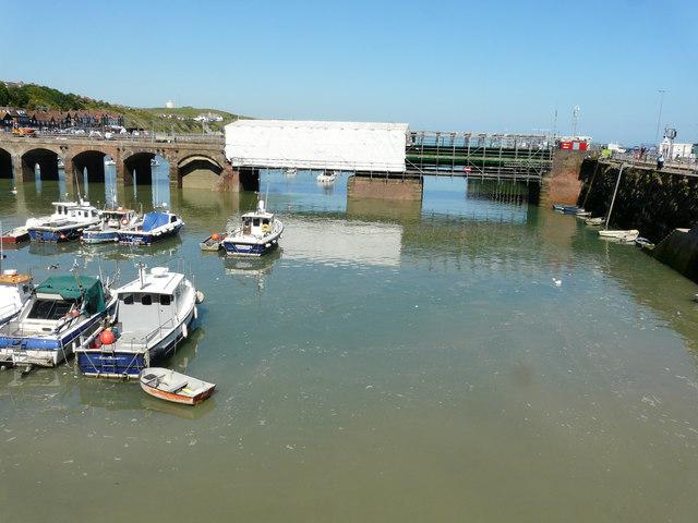 Renovation of Folkestone Harbour viaduct and swing bridge