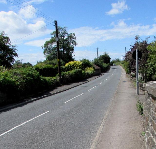 West along Westerleigh Road, Westerleigh