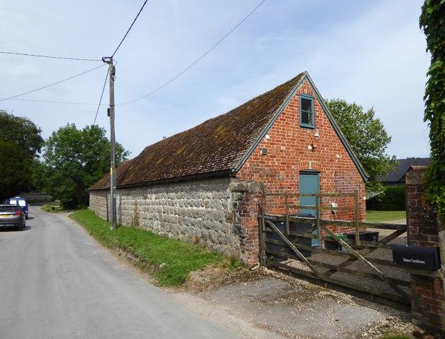 Farm outbuilding, Manor Farm, East Kennett