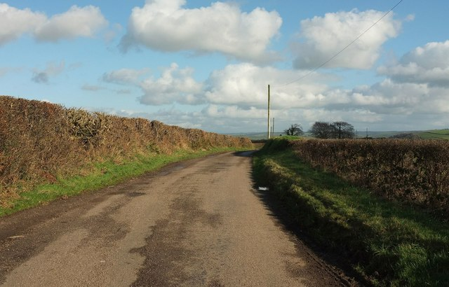 Lane to Broden Hill