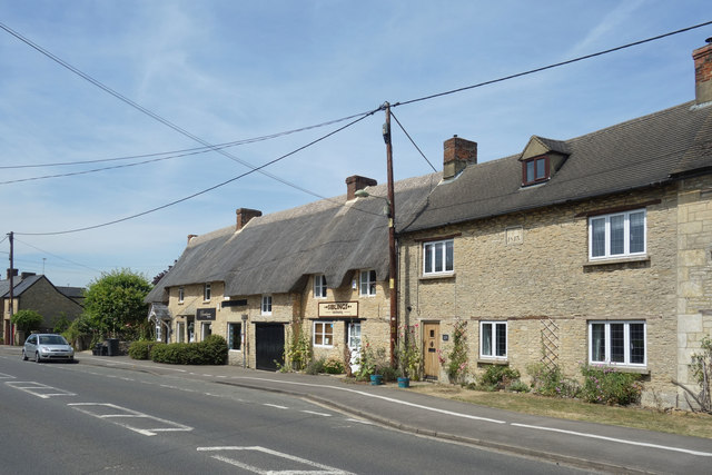 Thatched Hairdressers, Long Hanborough