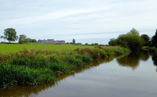 Canal and pasture south-east of Gauntons Bank, Cheshire
