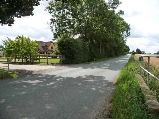 B1113 heading south to Finningham