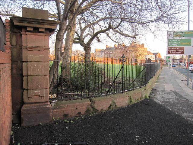 The southwest corner of Grant Gardens perimeter wall