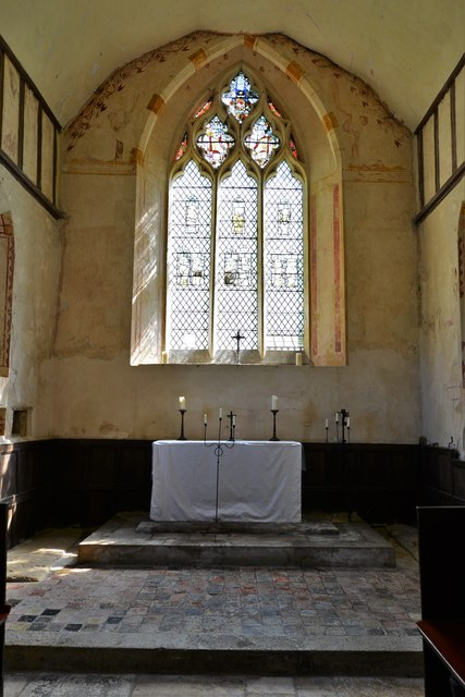Hailes Old Church: Altar with medieval encaustic tile surround 1