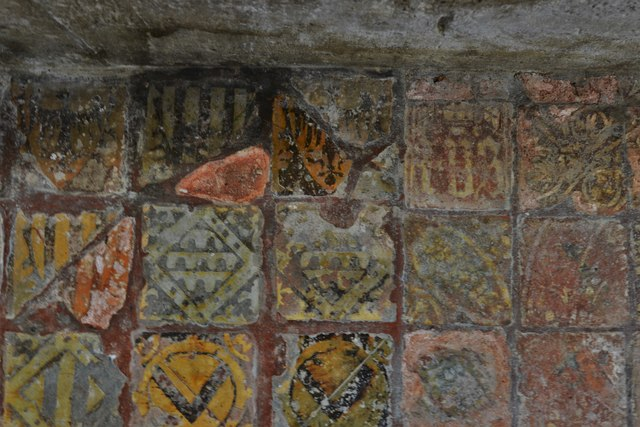 Hailes Old Church: Altar with medieval encaustic tile surround 4