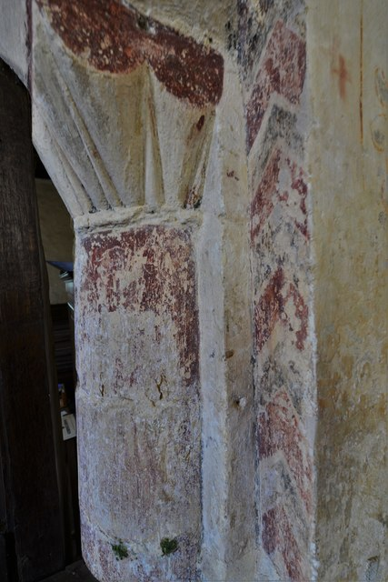Hailes Old Church: Norman scalloped capital on the chancel arch