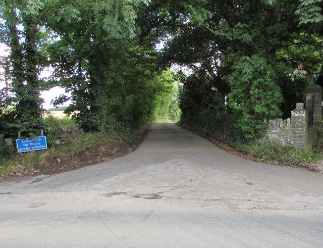 Western end of Besom Lane, Westerleigh