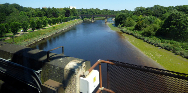 Crossing the River Ribble by train