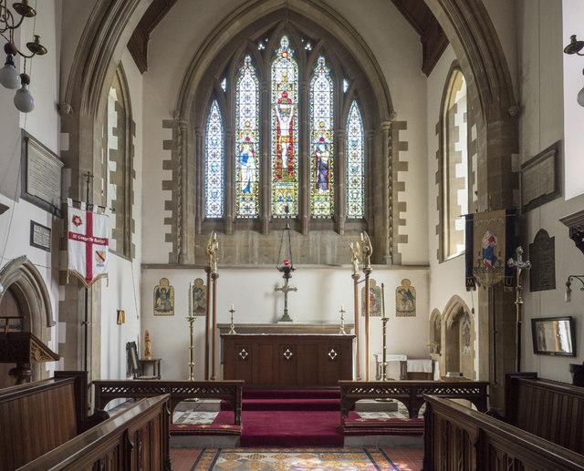 St George, Wolverton - Chancel
