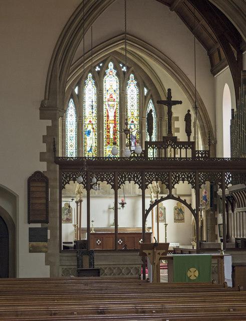 St George, Wolverton - Interior