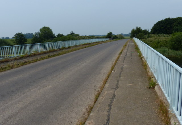 Mill Road and Wiggenhall Bridge