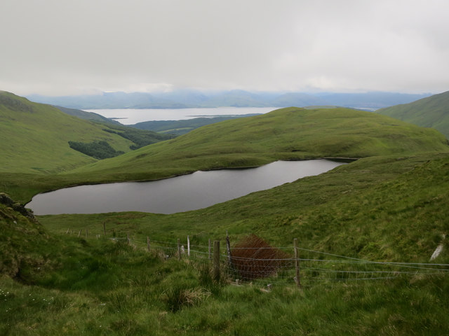 Fence and Lochan na Maoile