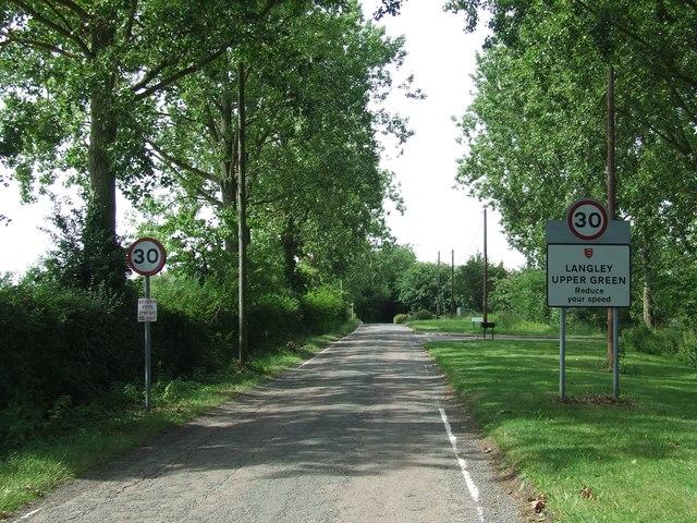 Entering Langley Upper Green
