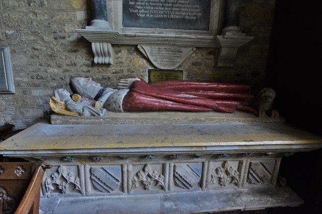Ebrington, St. Eadburgha's Church: Sir John Fortescue (d. 1484) monument 1