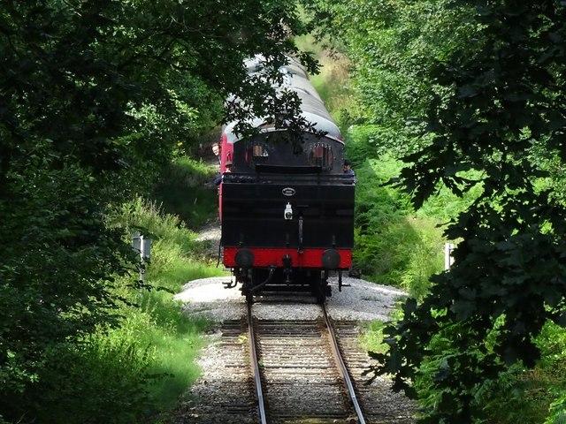 3F 'Jinty' 47406 at a foot crossing near Barnsley Lane Bridge