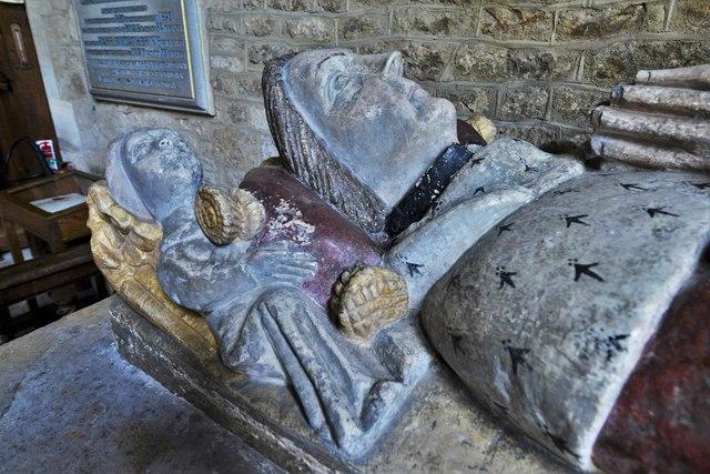 Ebrington, St. Eadburgha's Church: Sir John Fortescue (d. 1484) monument 2