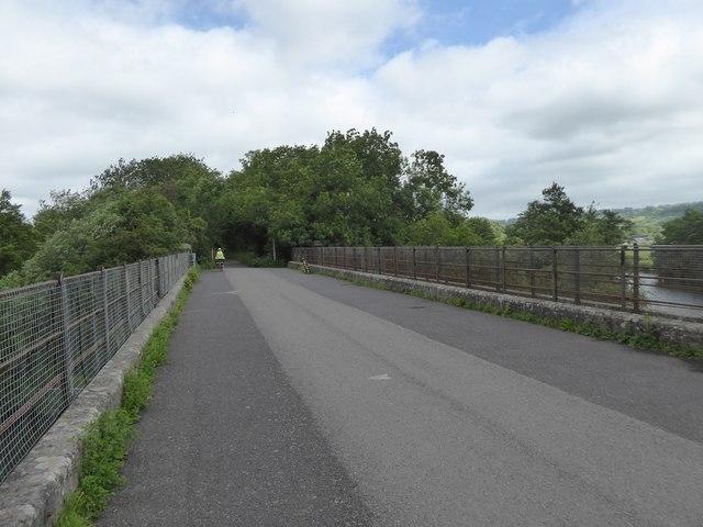 Bristol and Bath cycle path crossing River Avon at Saltford