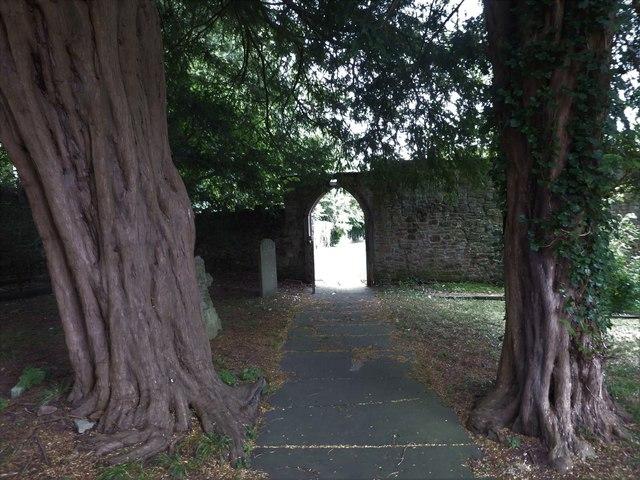 St Nicholas, Brockley: path