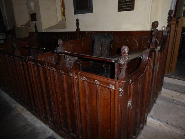 Inside St Nicholas, Brockley (h)