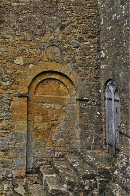 Saintbury, St. Nicholas' Church: Rare Saxon sundial over Norman doorway
