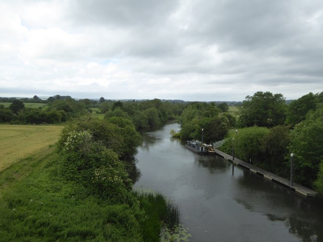 River Avon from viaduct at Avon Riverside station